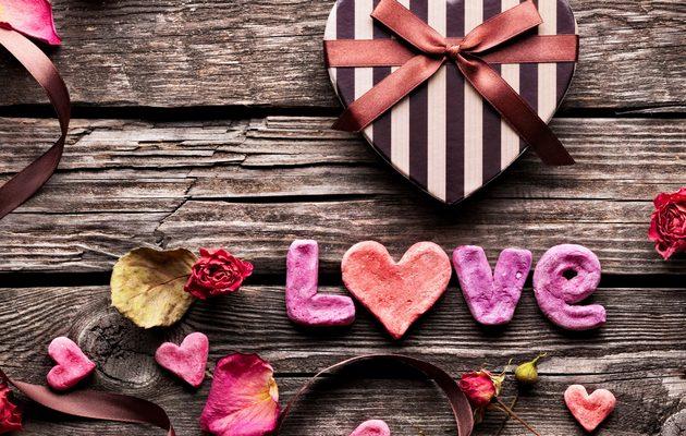 Список из 50 романтических подарков парню на 14 февраля