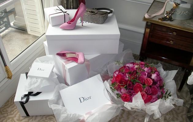 100 идей подарков женщине на день рождения