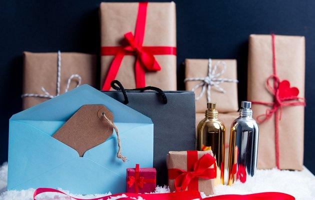Новинки подарков девушке