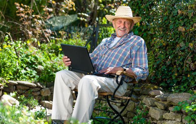 Что можно подарить дедушке на 75 лет?
