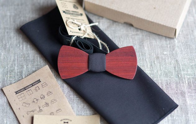 К чему подарить галстук парню
