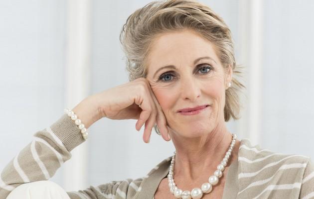 Что можно подарить женщине на 60 лет?