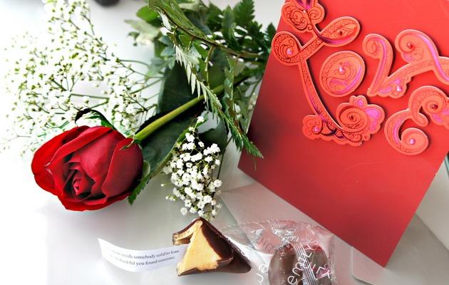 Список идей для романтического подарка девушке
