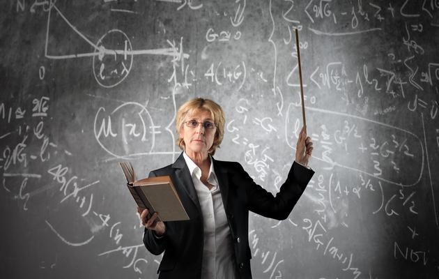 Что подарить дипломному руководителю женщине выбор подарка  Что можно подарить дипломному руководителю женщине