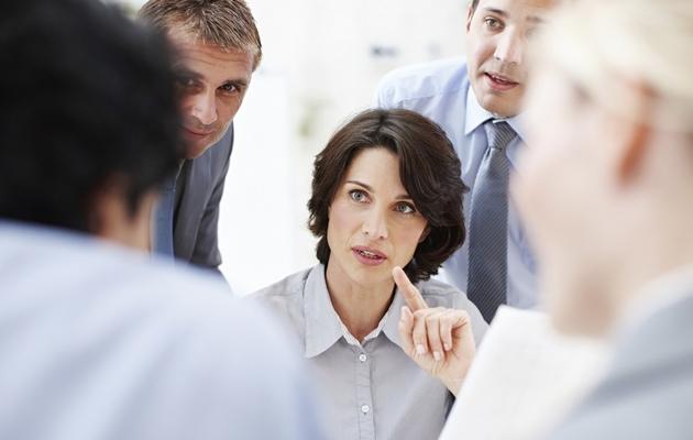 Что можно подарить начальнику женщине?