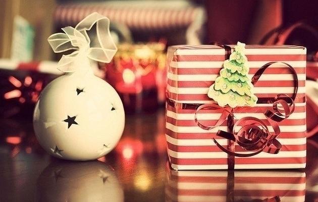 Что оригинальное можно подарить девушке на Новый год?