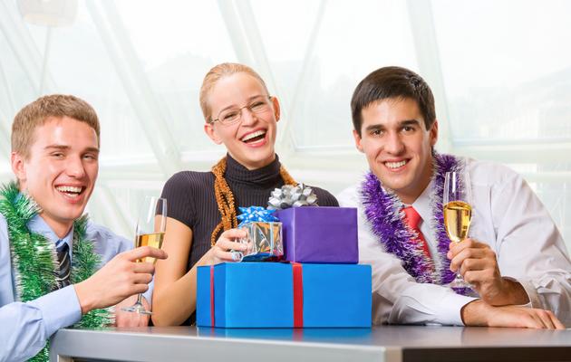 Федерация, что подарить коллективу на новый год остальные могут
