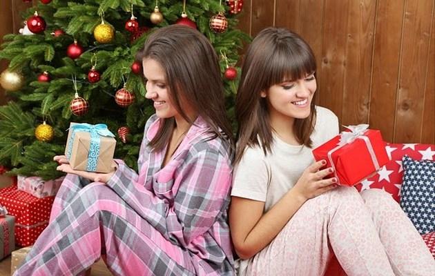 Подарки новый год оптом